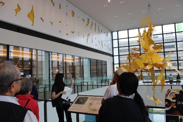 「見る・魅る・現代アート!~パブリックアート鑑賞in大通公園~」を開催しました。